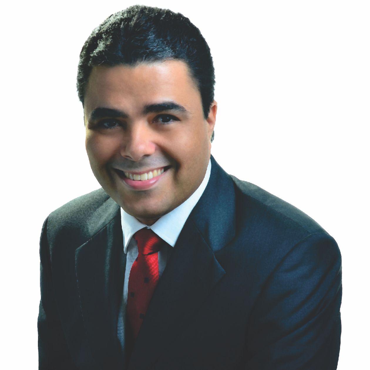 Dr. Luciano Castellucci